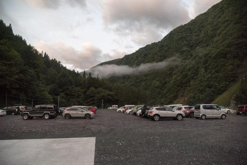 奈良田駐車場